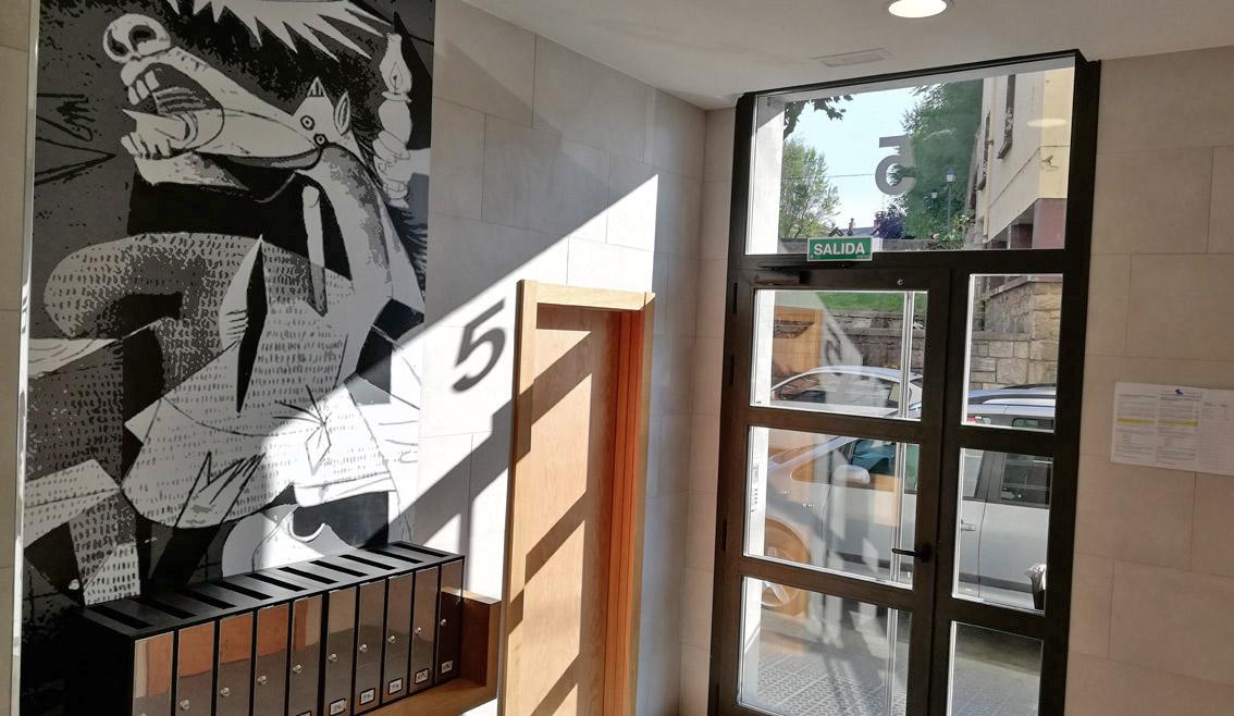 Instalación de ascensor en C/ Urrengoerrota, Gernika