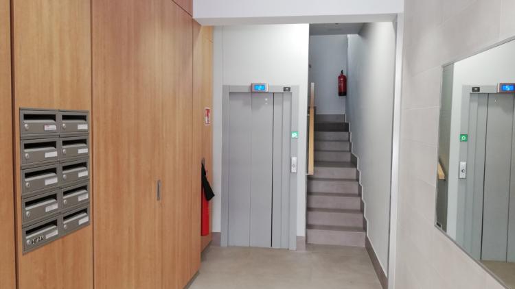 Instalación de Ascensor en C/ Industria, Gernika